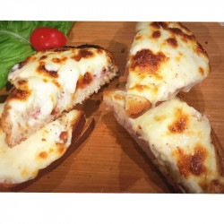 CROQUE MONSIEUR GRATINE